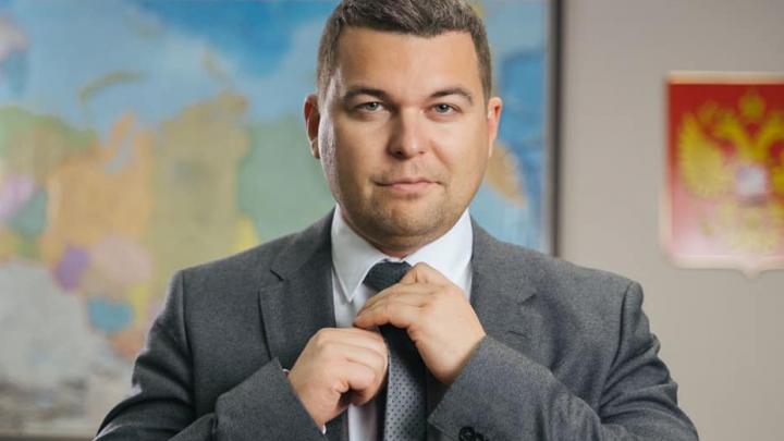 «Перестаньте здороваться за руки!»: в Самаре еще один политик переболел COVID