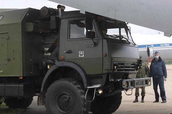 Около 200 военных отправились в Северо-Енисейск справляться со вспышкой коронавируса