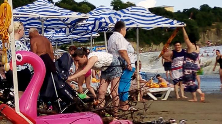 «Прилетели с подругой из Анапы. Дыра еще та»: впечатления туристов после отдыха в России