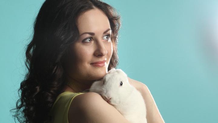 Невеста месяца: Кристина называет себя «домашней кошечкой» и верит в любовь до 100лет — может, она ждет тебя