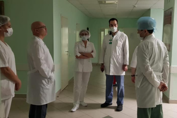 Однако руководство больницы уверяет, что всё хорошо