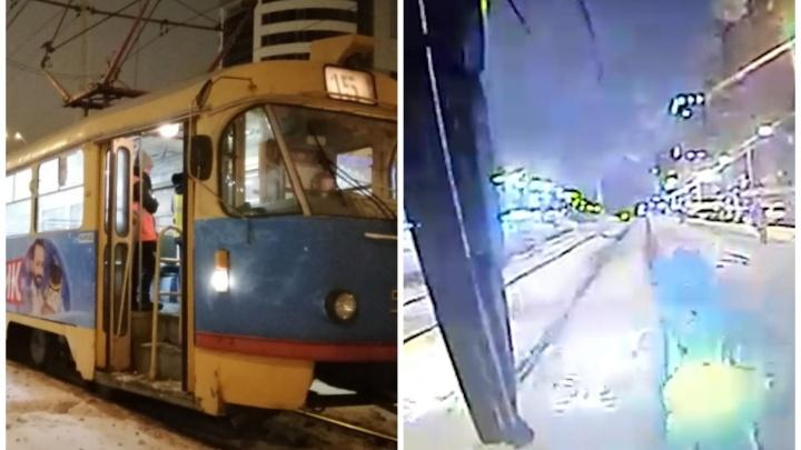 Авария на Московской, где трамвай сбил 14-летнего подростка, попала на видео