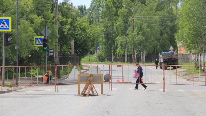 В Архангельске из-за аварии на теплотрассе изменились маршруты нескольких автобусов