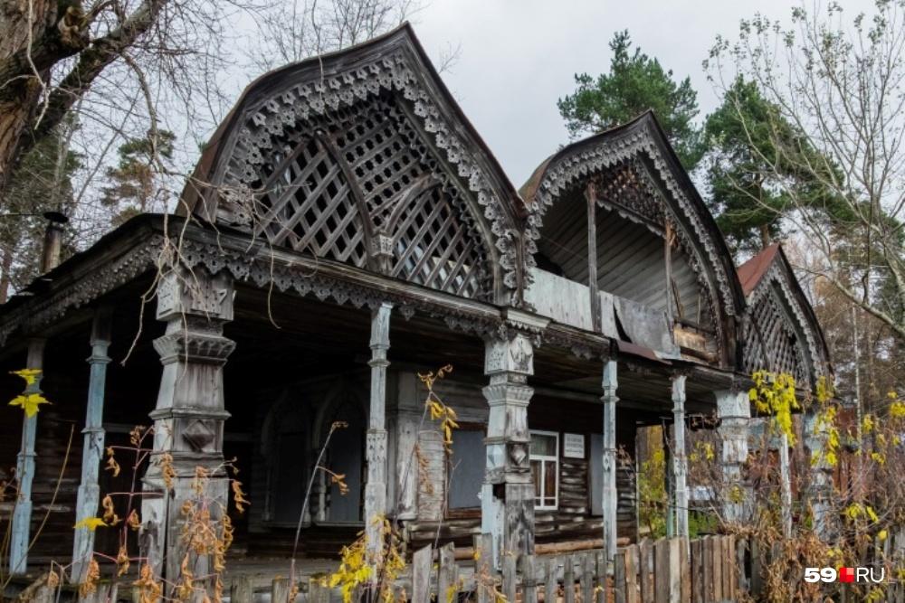 «Дача Синакевича» похожа на терем