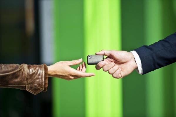 Покупая авто у официального дилера, не нужно беспокоиться о состоянии машины и юридической чистоте документов