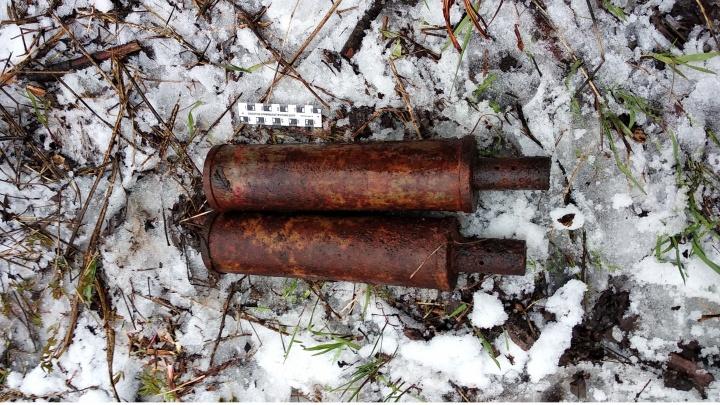 На пустыре в Архангельске нашли две мины от гранатомета