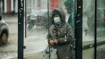 Надо ли носить маску на улице? Отвечает губернатор
