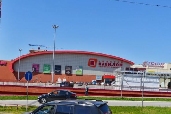 На Левенцовке эвакуировали торговый центр «Золотой Вавилон»