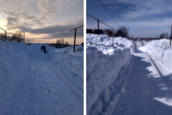 Теперь гора снега не мешает жителям Каменки