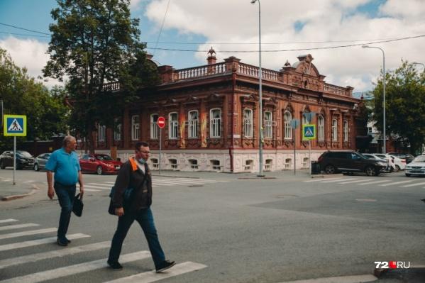 Большую пешеходную зону в районе улицы Дзержинского соединят с набережной Туры. Возможно, это будет подземный ход