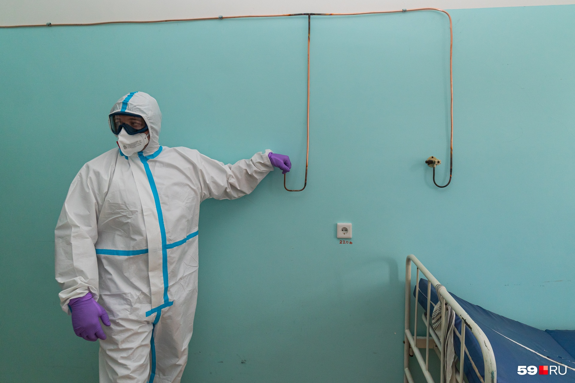 Главврач проверил кислородные подводки у кроватей — работают
