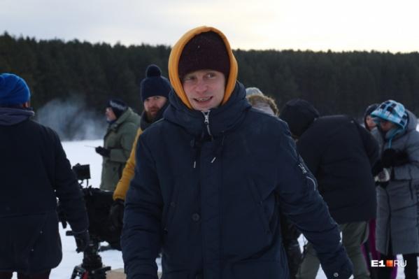 Главную роль в «Буране» сыграл Александр Головин, который снимался в сериале «Кадетство», фильмах «Сволочи» и «Елки»