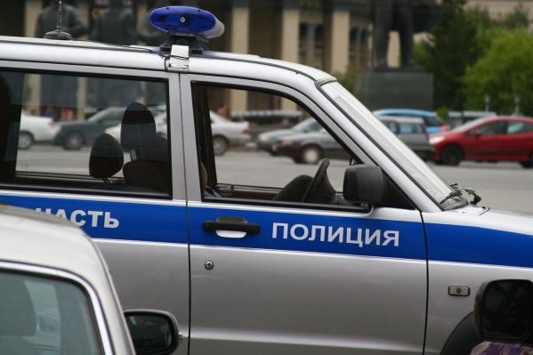 Мужчина украл из киоска 300 рублей