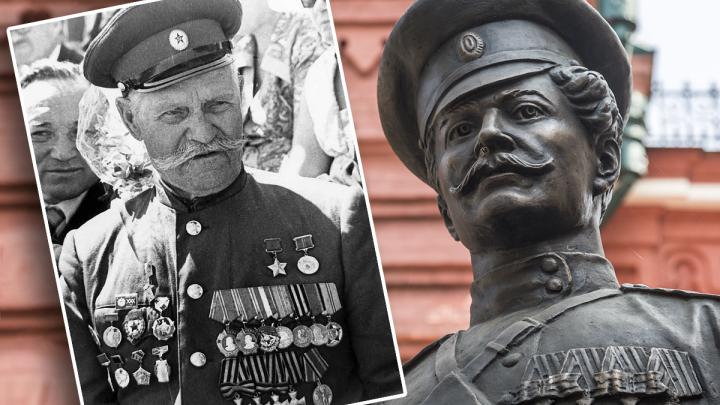 Фронтовой инстаграм: самый известный волгоградский казак последним ходил на танки в конном строю