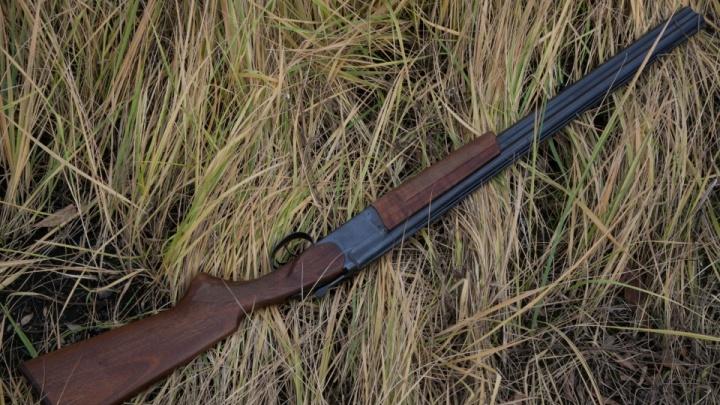В Курганской области чиновник незаконно выдавал разрешения на охоту