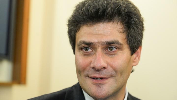 «На уровне среднего пиар-агентства»: мэр Екатеринбурга рассказал, сколько зарабатывает