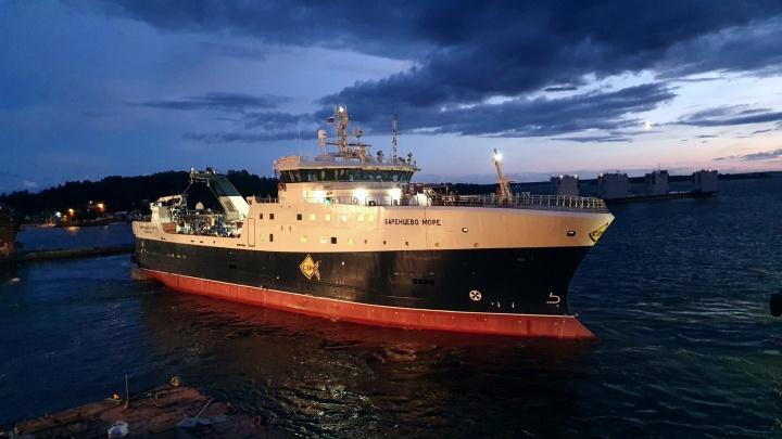 Траулер «Баренцево море» для «Архангельского тралового флота» проходит испытания в Балтийском море