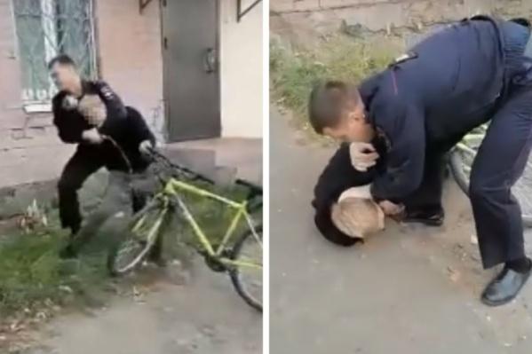 Полицейский пытался затащить подростка в отдел, а тот яростно сопротивлялся