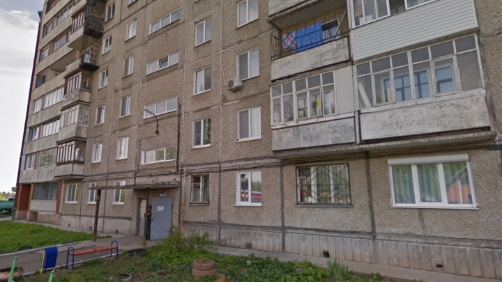 В Перми из окна выпал двухлетний мальчик: ребенок скончался в реанимации