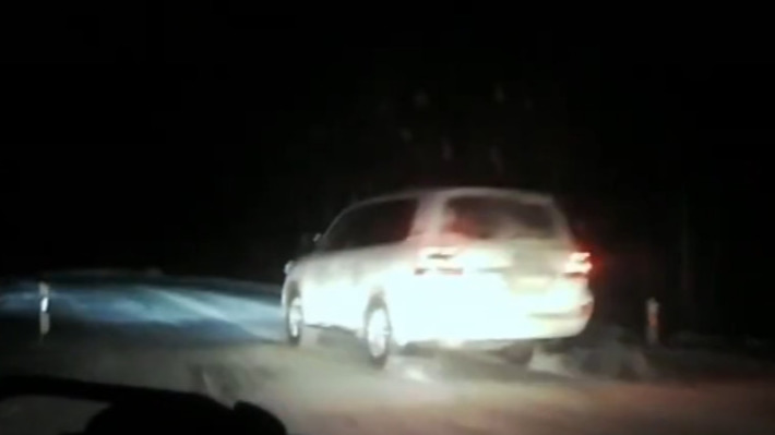 Омская полиция показала видео задержания угонщиков с погоней и стрельбой