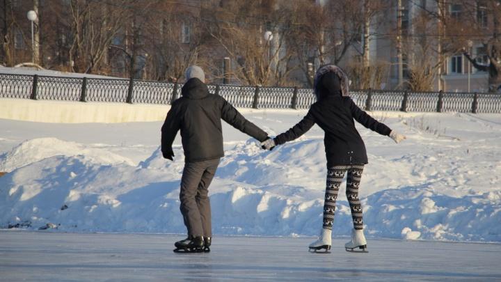 На новогодние праздники в Архангельске откроют восемь катков (половина из них — бесплатные)