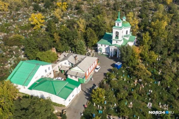 Большинство кладбищ в Красноярске закрыто для новых захоронений, исключение могут сделать для членов одной семьи