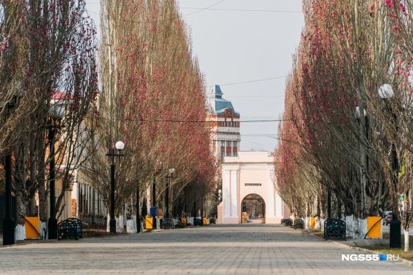 Вспомните, какая многолюдная по праздникам Спартаковская улица, а затем посмотрите сюда
