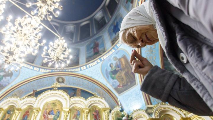 «Наденем маски и сделаем разметку»: как в волгоградских храмах в условиях пандемии коронавируса отметят Пасху