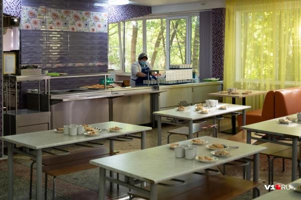 На карантин закрыты 45 классов Волгоградской области