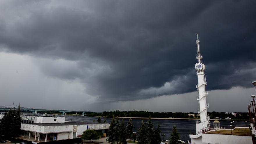 Ярославскую область накроют грозы и шквалистый ветер: экстренное предупреждение МЧС
