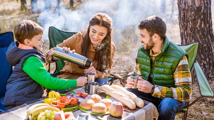 Чем запастись на долгий загородный отдых и как обойтись без скучных походов по супермаркетам