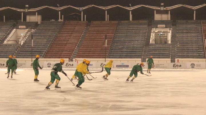 Иркутская «Байкал-Энергия» одолела «Водник» на чемпионата России по хоккею с мячом