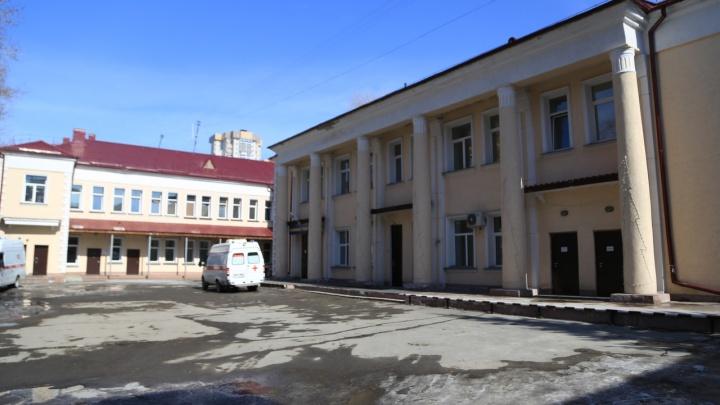 В Новосибирске умер четвёртый пациент с коронавирусом. Мужчине было 38 лет