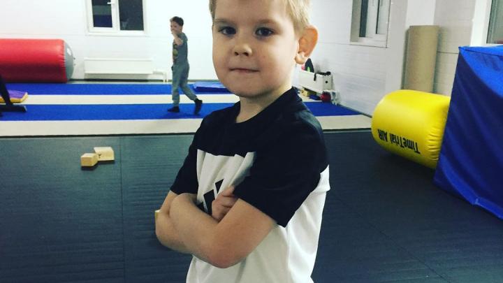 Мальчик из Лесосибирска установил рекорд России, сделав колесо 44 раза за минуту