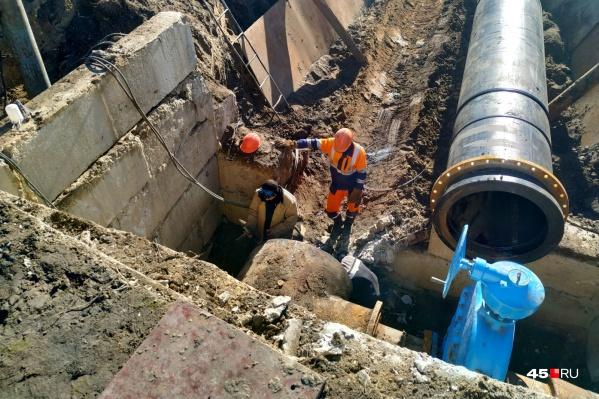 На месте аварии на сетях работает «Водный союз»