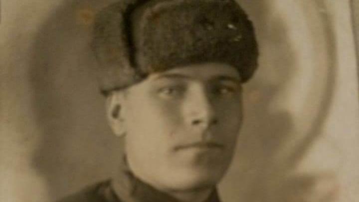 «Фотографии 35 лет, он не вернулся с фронта»: сибирячка ищет родных солдата, чтобы передать им его единственный снимок