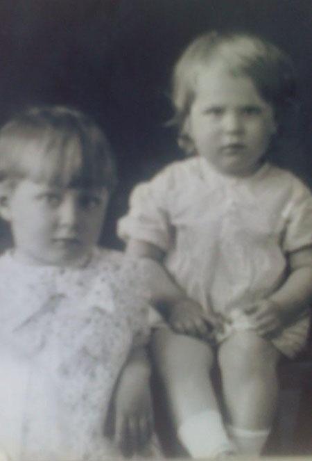 сестры Нина и Муза