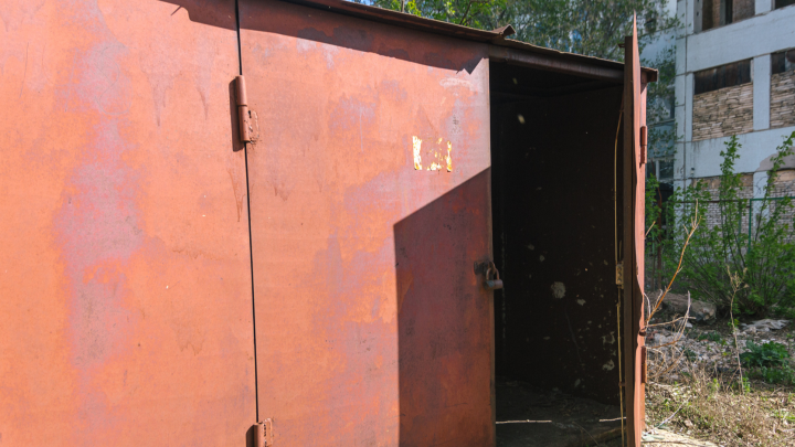 В Советском районе собираются узаконить металлические гаражи