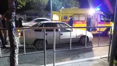 На улице Свободы в Тюмени умер водитель. Очевидцы говорят, что это произошло за рулем