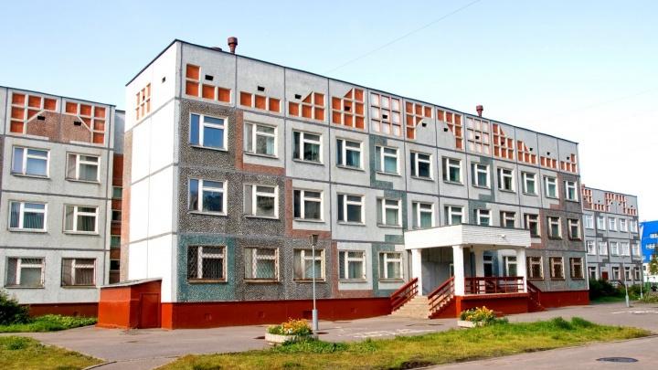 В трех школах Архангельска выявили случаи заболевания COVID-19 среди учеников