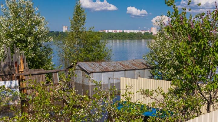 «Не теряйте самообладания»: жителей прибрежных деревень под Пермью предупреждают об эвакуации из-за половодья
