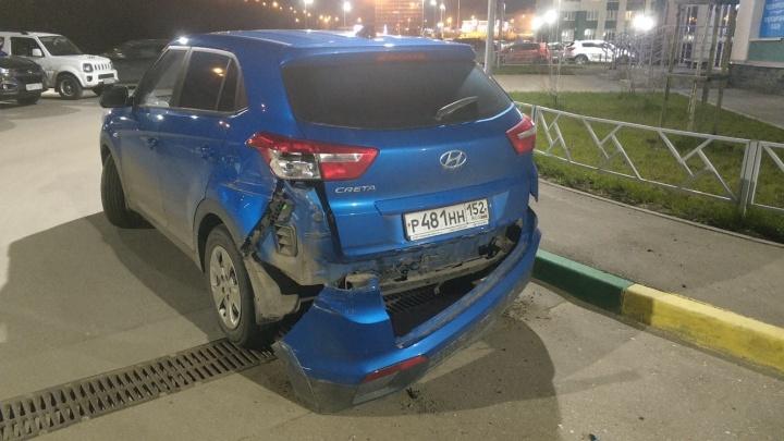 «Крушил и давил»: автомобилист устроил ГТА по-нижегородски в ЖК «Аквамарин»