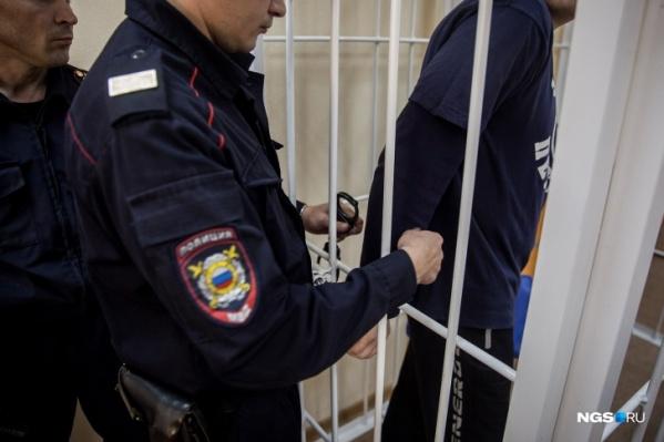 До этого инцидента у задержанных не было проблем с законом
