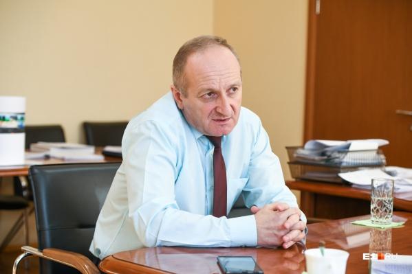 Директор екатеринбургского метрополитена Андрей Панаиотиди рассказал, как подземка переживает коронавирусный кризис