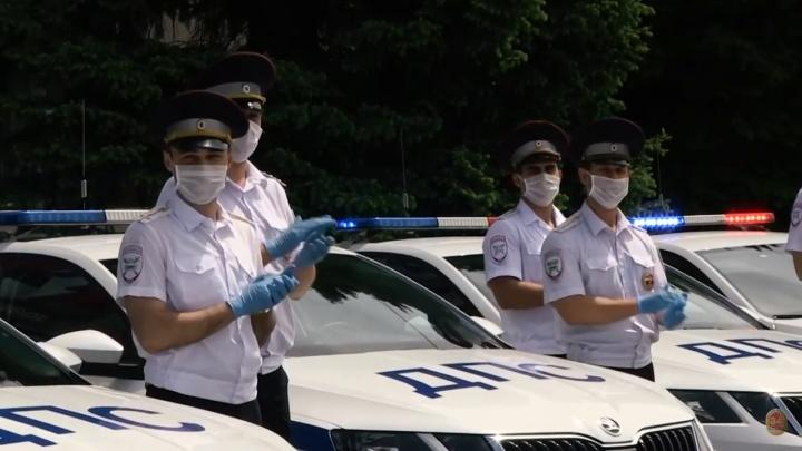 Героям наших дней: полицейские сняли клип в поддержку волгоградских врачей