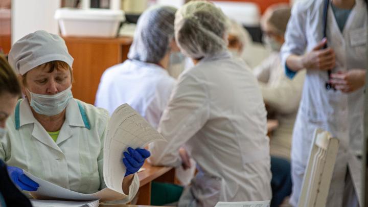 В Самаре коронавирусом заразились несколько пациентов и медик в горбольнице № 4