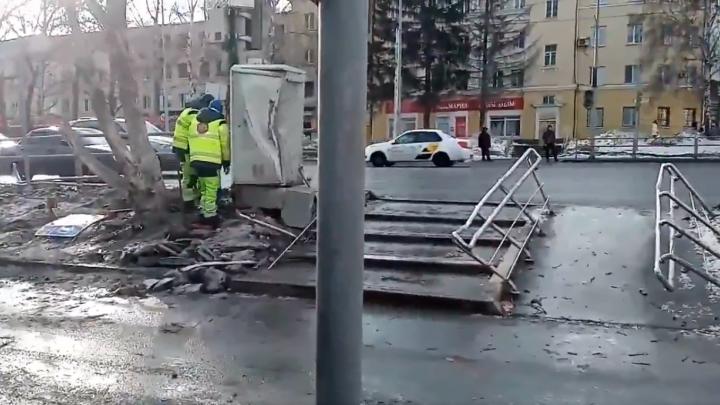 Снес перила и трансформаторную будку: самарцы сняли на видео последствия ДТП