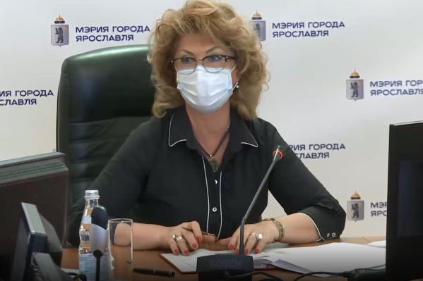Еженедельное общегородское совещание вместо мэра провела его заместитель Елена Новик