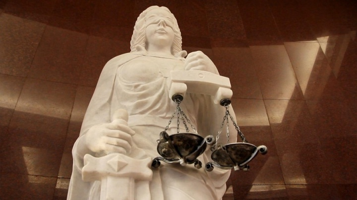 Экс-заведующая детсада просит 200 тысяч за незаконное уголовное преследование из-за тараканов