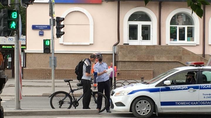 800 рублей за проезд по «зебре»: как в Тюмени наказывают велосипедистов